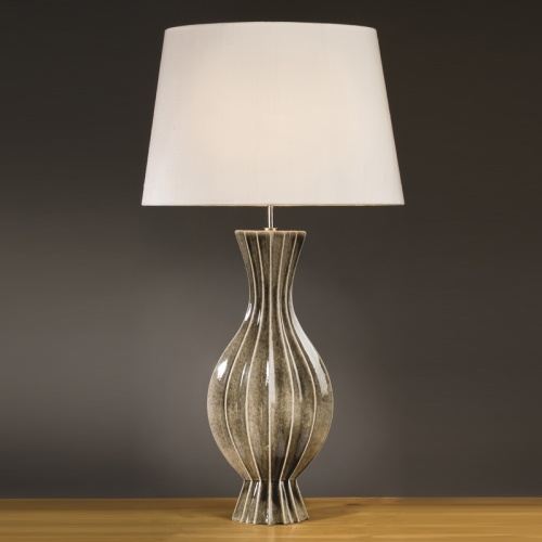 LUI/TALL RIB VAS LS1108 Table Lamp