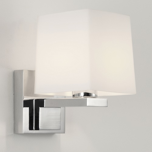 0777 Broni Square Bathroom Wall Light