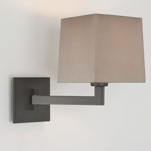7016+4037 Momo Wall Light