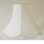"9""Scollop Ivory Special Lined Lampshade SS1110"