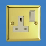 1 Gang 13 Amp Socket Brass XV4W